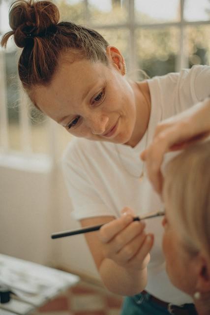 Beauté de la mariée, maquillage infaillible