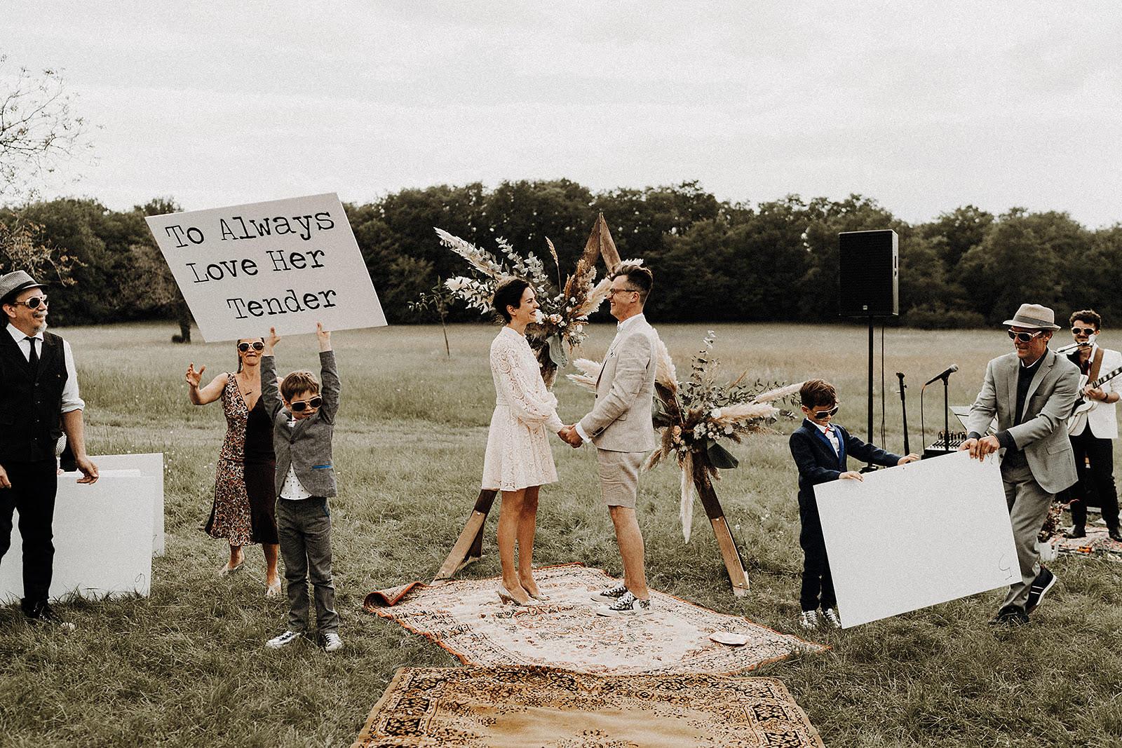cérémonie couple mariée enfants voeux elvis