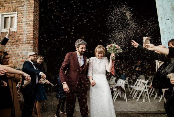 Mariage automne sortie cérémonie moment