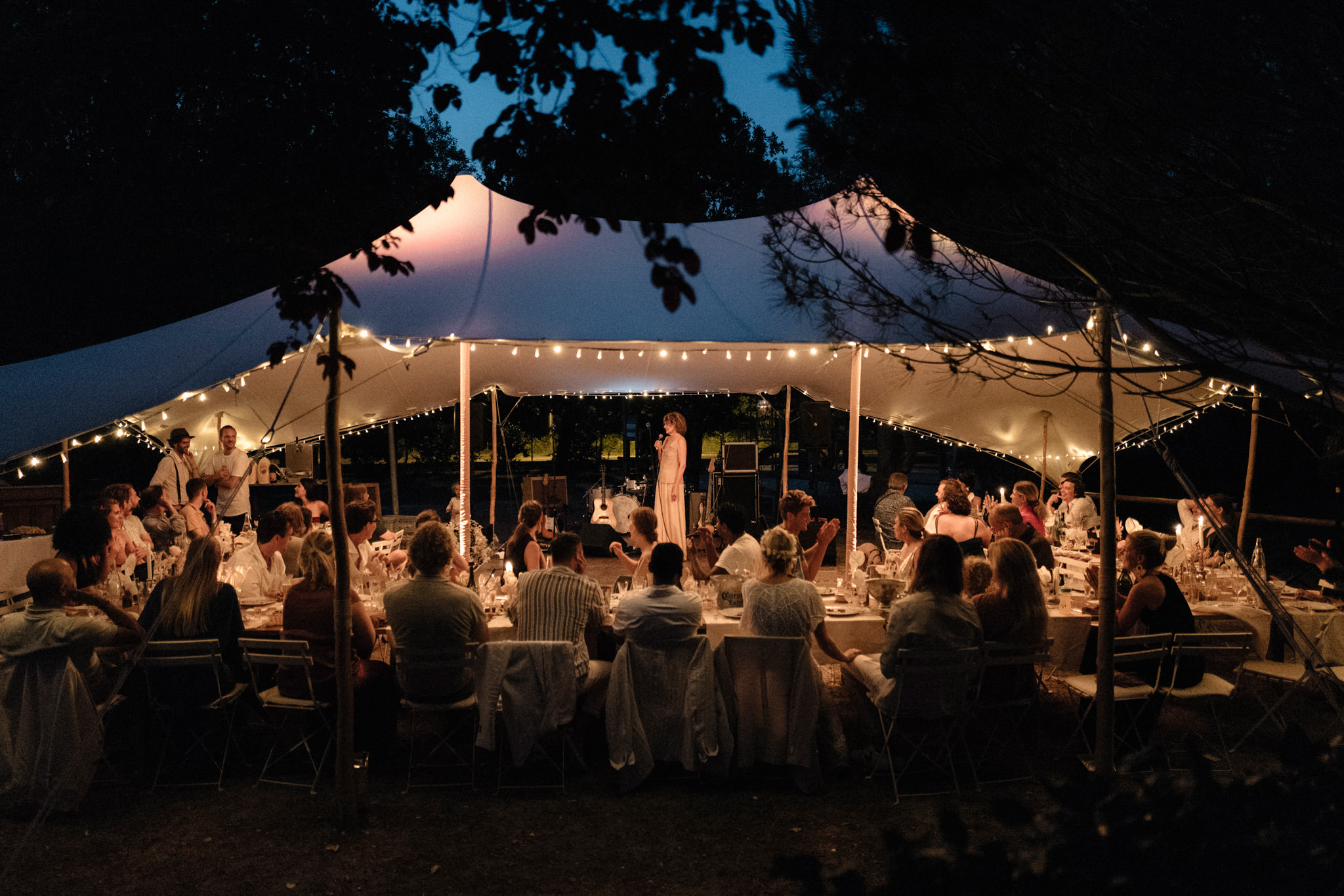 wedding-destination-bordeaux-soiree-tente-sparkly