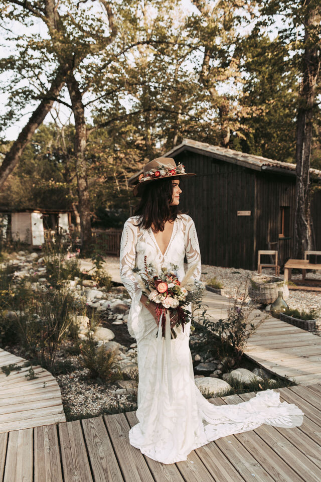 faire-appel-wedding-planner-mariee-robe-nature