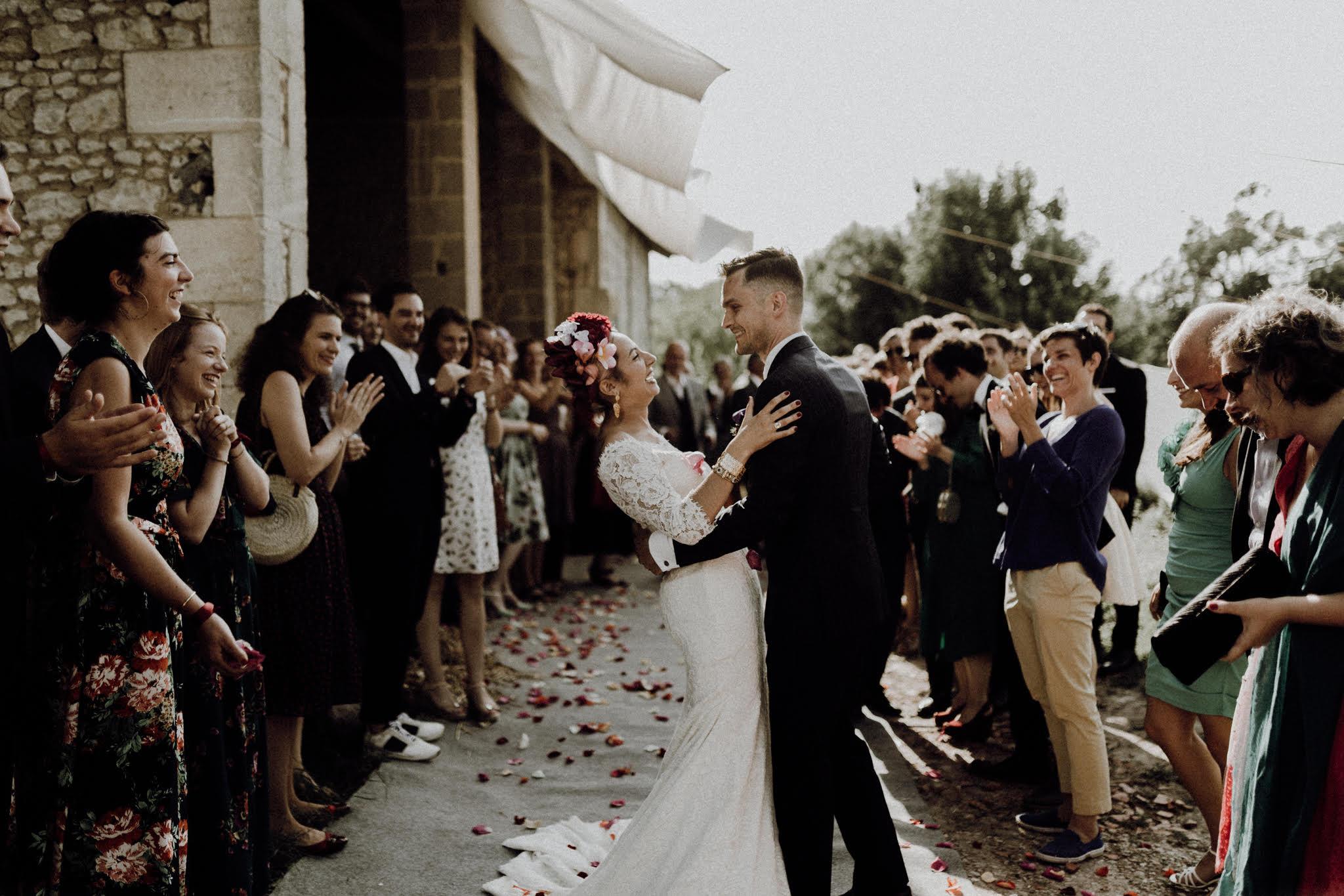 mariage-ceremonie-laique-amour-couple-danse