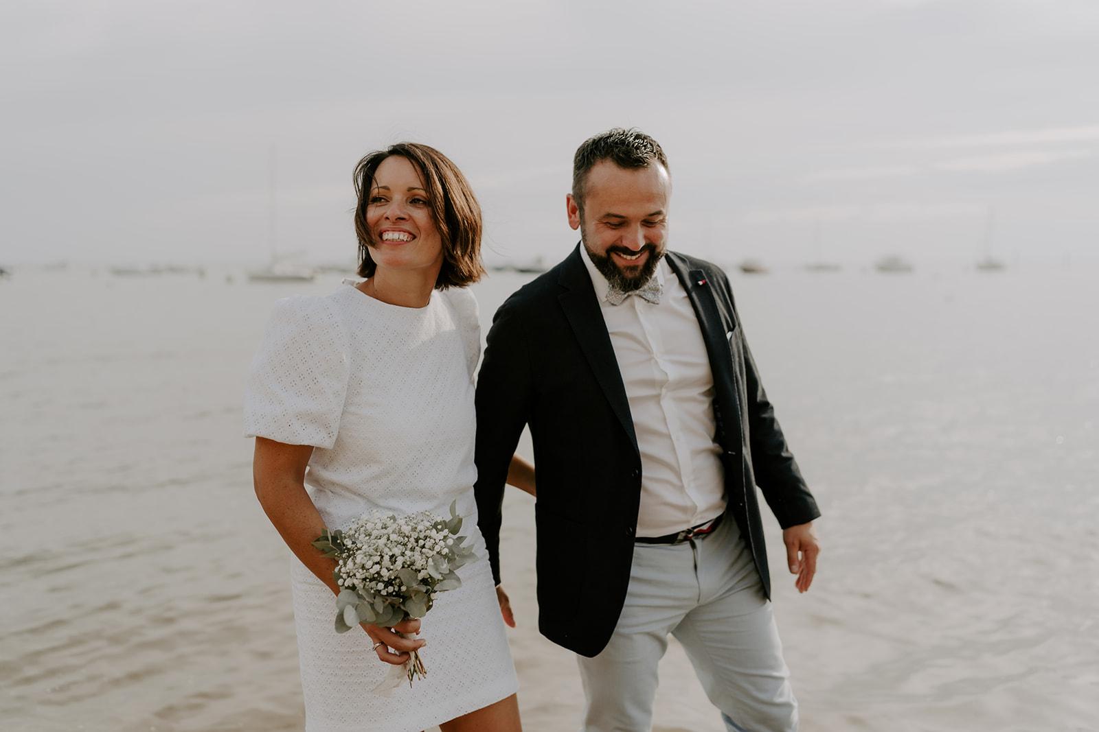 Mariage-CapFerret-activite-couple-ocean-amour