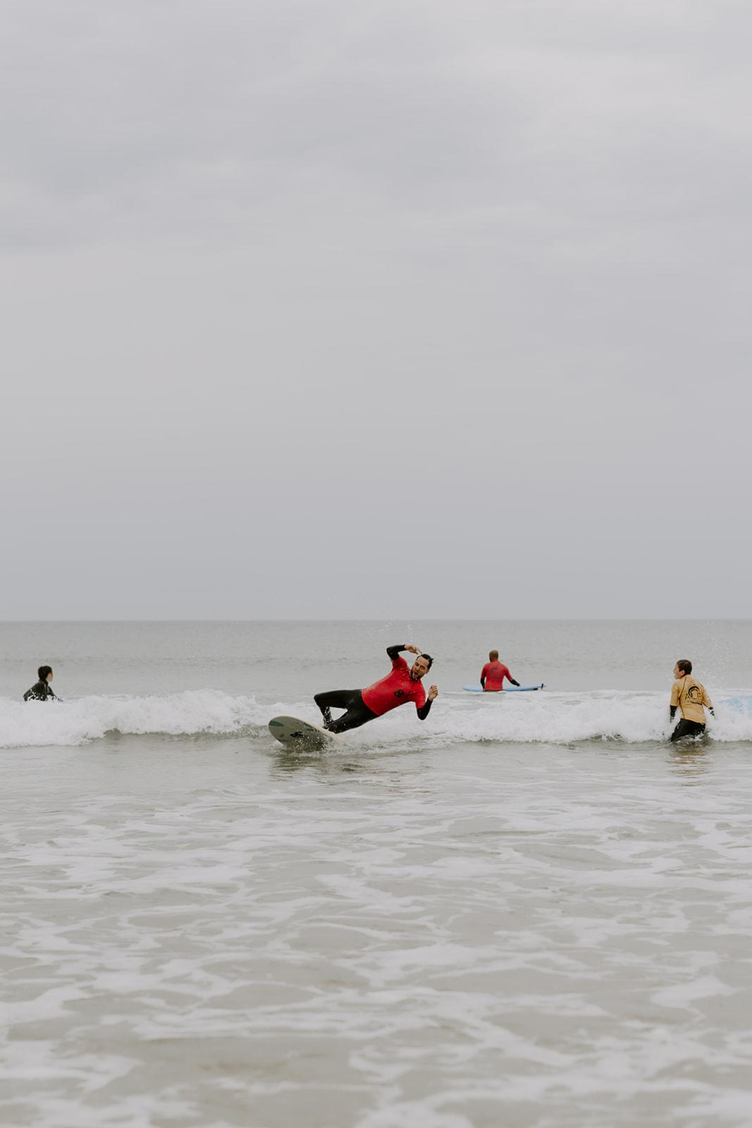 Mariage-CapFerret-activite-surf-ocean-fun