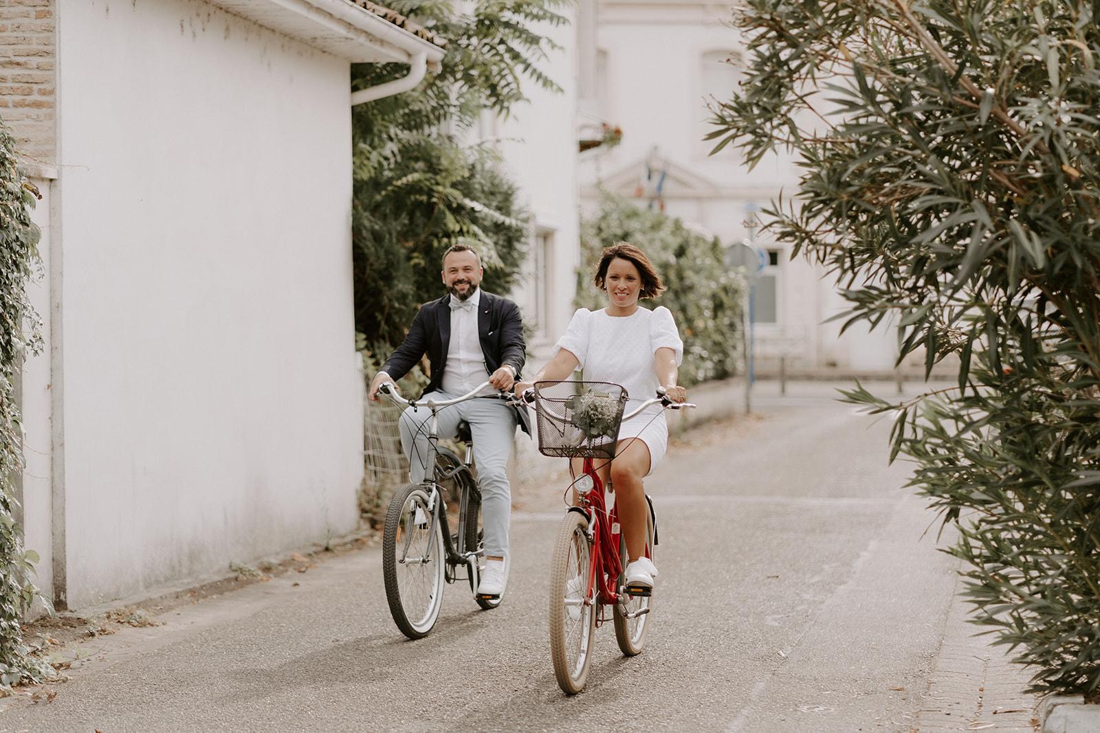 Mariage-bassin-Arcachon-activite-velo-couple