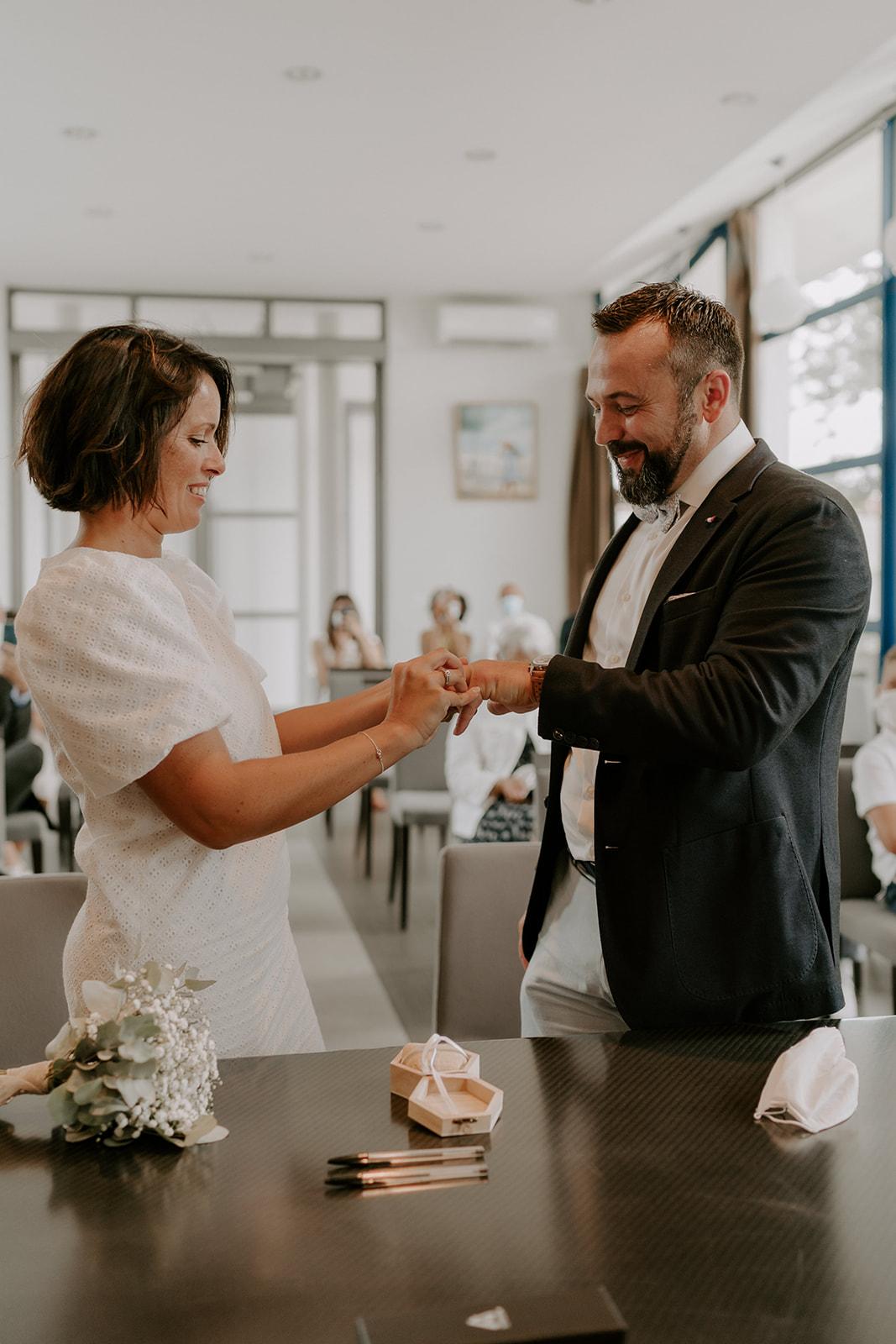 Mariage-CapFerret-ceremonie-engagement-mairie