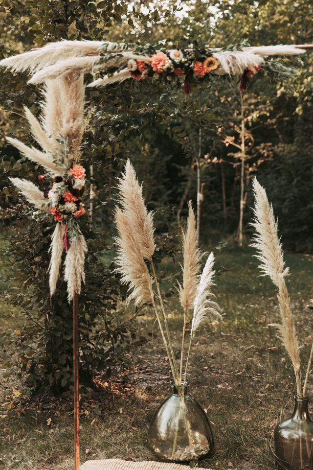 inspiration-mariage-boho--couple-boheme-fleurs-decoration