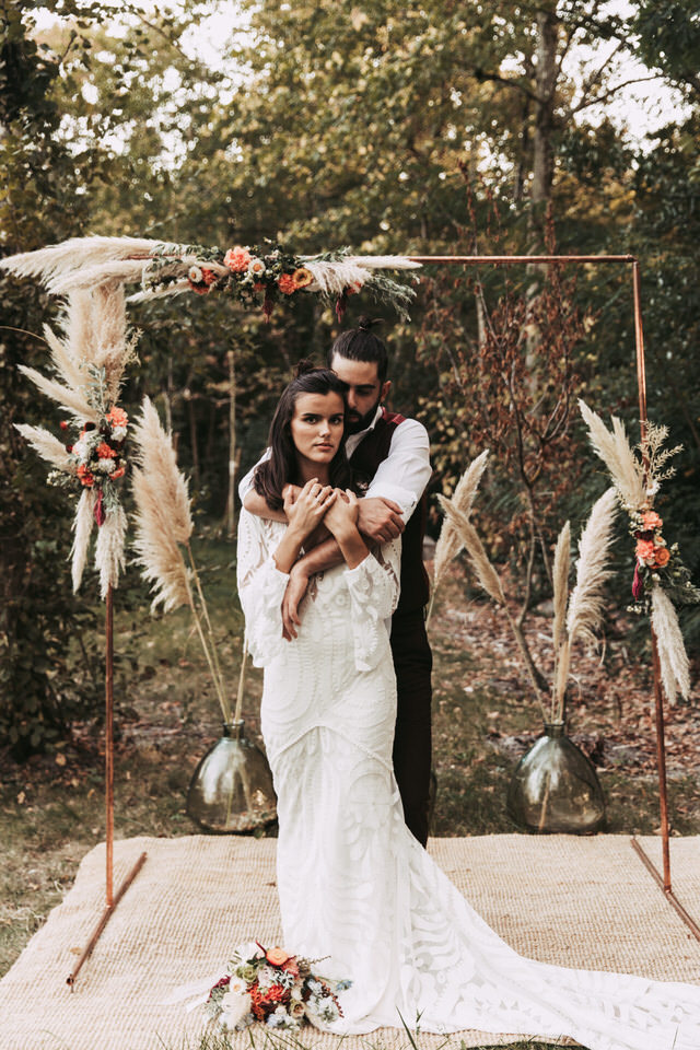 shooting-inspiration-couple-boheme-fleurs-harmonie