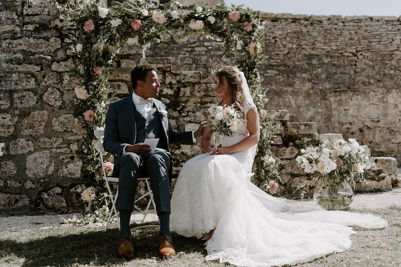 mariage-domaine-lagut-ceremonie-couple